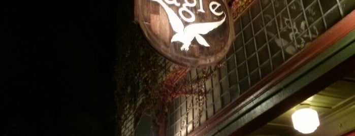 McMenamins White Eagle Saloon & Hotel is one of Lugares favoritos de Tigg.
