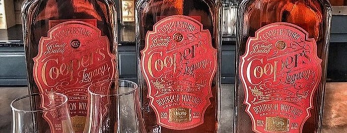 Cooperstown Distillery is one of Lizzieさんの保存済みスポット.