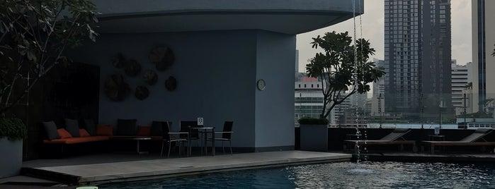 Outdoor Pool is one of Bill 님이 좋아한 장소.