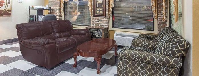 Baymont Inn & Suites Smyrna is one of Posti che sono piaciuti a Will.