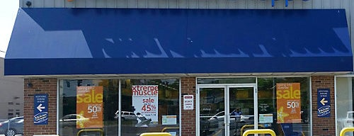 The Vitamin Shoppe is one of Lugares favoritos de Paco.