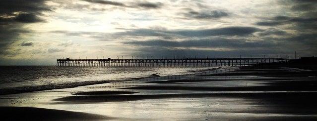 On The Beach is one of Orte, die Olesya gefallen.