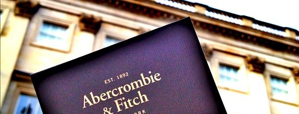 Abercrombie & Fitch is one of 1001 reasons to <3 London.