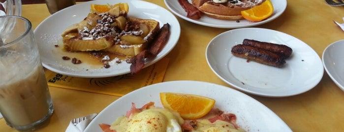 Eggsperience Breakfast & Lunch - Park Ridge is one of Katarina 님이 좋아한 장소.