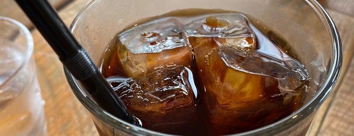Clover Coffee Roastery is one of สถานที่ที่ Shinichi ถูกใจ.