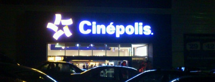 Cinépolis is one of Locais curtidos por René.