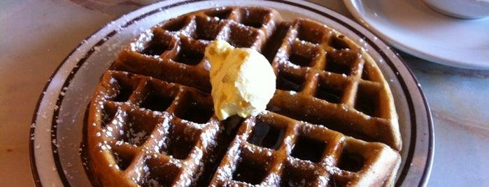 Waffletown USA is one of Lugares favoritos de Dawn.
