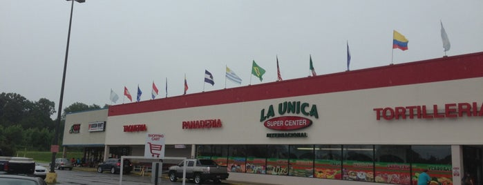 Supermecado La Unica is one of Bribble'nin Beğendiği Mekanlar.