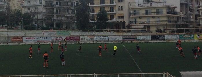 Γήπεδο Αχιλλέας Τριανδρίας is one of สถานที่ที่ Lamprianos ถูกใจ.