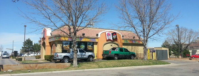 Taco Bell is one of Locais curtidos por Anthony.
