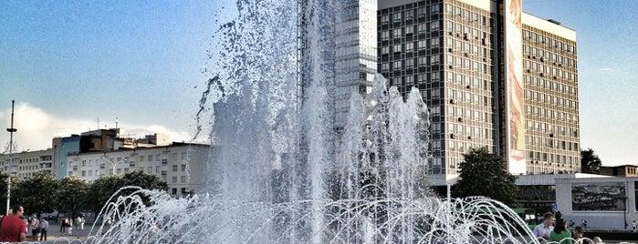 фонтан на Немиге is one of สถานที่ที่ Антон ถูกใจ.