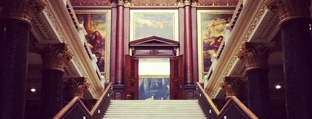 Hamburger Kunsthalle - Galerie der Gegenwart is one of สถานที่ที่ János ถูกใจ.