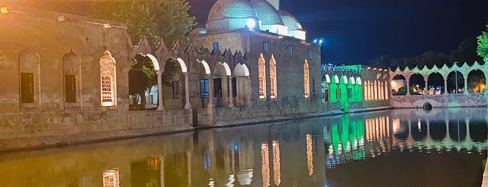Balıklıgöl Dergah is one of ✔ Türkiye - Şanlıurfa.