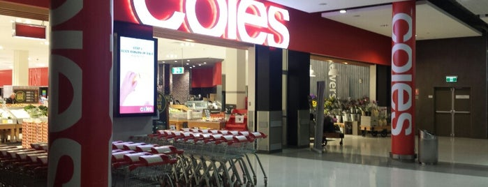 Coles is one of สถานที่ที่ Mary ถูกใจ.