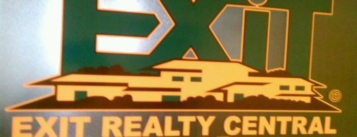 Exit Realty Central is one of สถานที่ที่ Tom ถูกใจ.