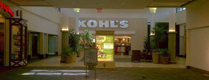 Kohl's is one of สถานที่ที่ Dawn ถูกใจ.