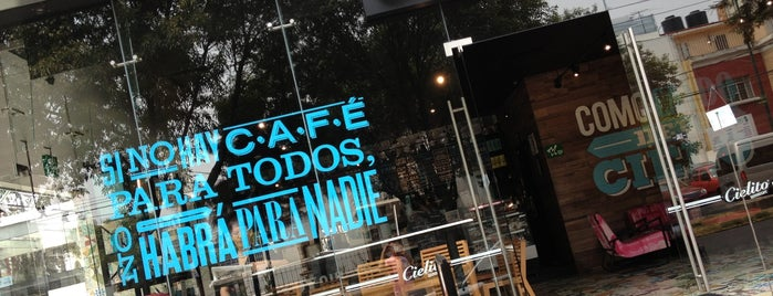 Cielito Querido Café is one of Sergio M. 🇲🇽🇧🇷🇱🇷 님이 좋아한 장소.
