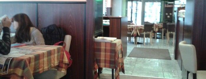 La Pizza Italiana is one of Locais curtidos por Andriy.