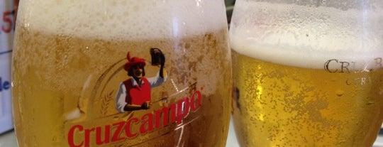 Cervecería Cruz Blanca is one of สถานที่ที่ Miguel ถูกใจ.