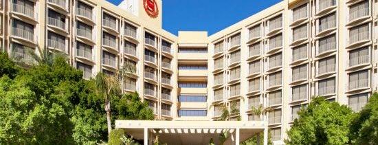 Sheraton Crescent Hotel is one of Jason : понравившиеся места.