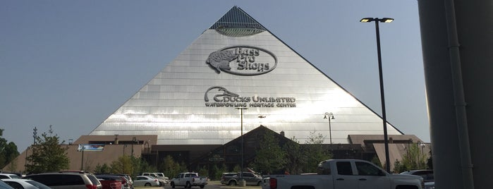 Bass Pro Shops At The Pyramid is one of Memphis.