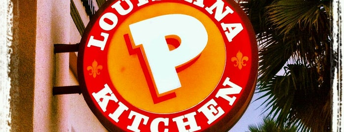 Popeyes Louisiana Kitchen is one of Max 님이 좋아한 장소.