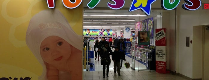 "Toys""R""Us is one of Frank 님이 좋아한 장소."