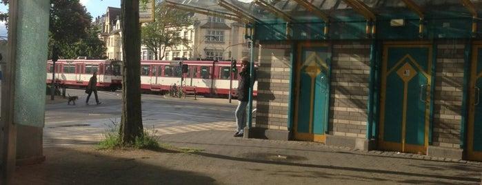 Belsenplatz is one of Orte, die Oliver gefallen.