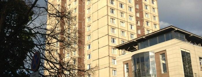 Общежитие СПБГЭУ №4 is one of Эльвира'ın Kaydettiği Mekanlar.