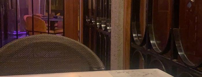 Mizo Eatery is one of Lamya : понравившиеся места.