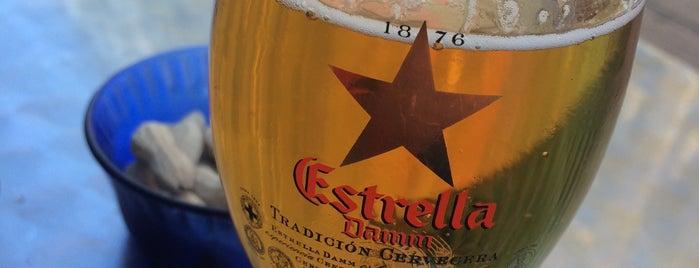 Tacos sLas Fuentes is one of Lugares favoritos de Nastasia.