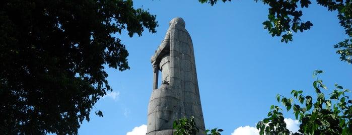 Bismarck-Denkmal is one of Orte, die relexa hotels gefallen.