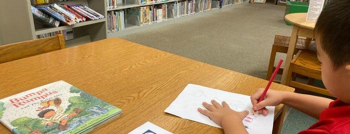 Mililani Public Library is one of Tempat yang Disukai Kelly.