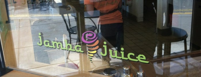 Jamba Juice is one of Lugares guardados de Lucretia.