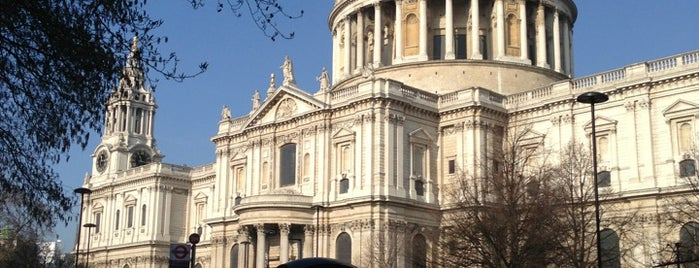St. Pauls-Kathedrale is one of London.