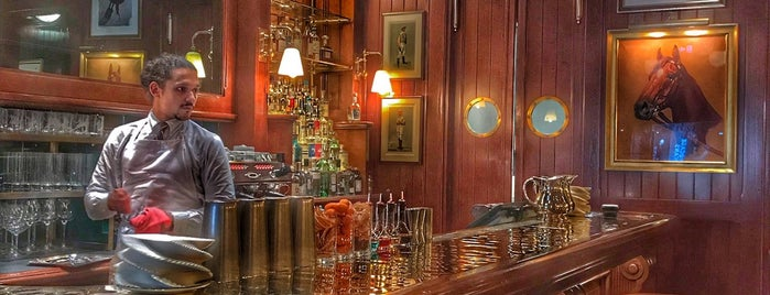 Ralph's Coffee & Bar is one of Mayfair List.
