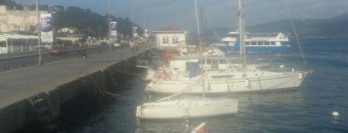 Büyükdere Sahili is one of สถานที่ที่ Mert ถูกใจ.