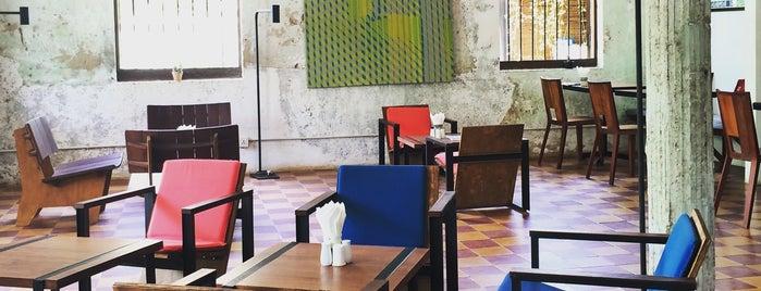 Pages Café is one of Lieux qui ont plu à Pagna.