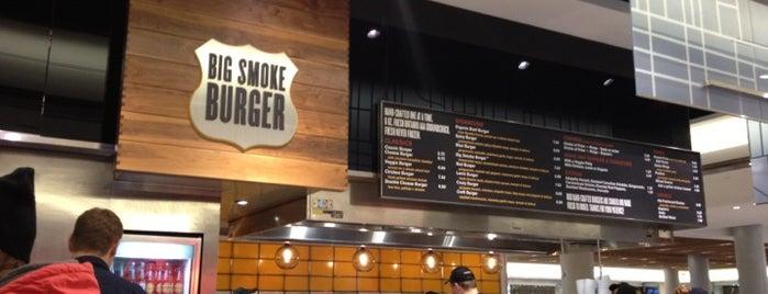 Big Smoke Burger is one of Tempat yang Disimpan Humara.