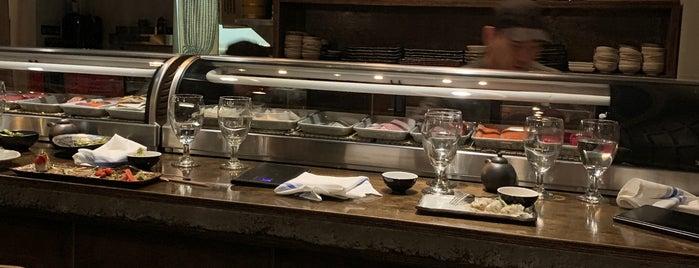 City Market Sushi is one of Orte, die Phil gefallen.