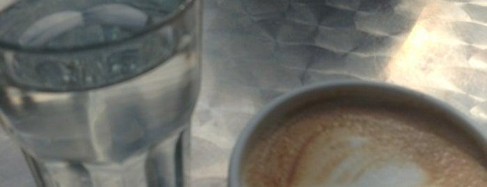 Lyspunktet Café is one of Bradyさんのお気に入りスポット.