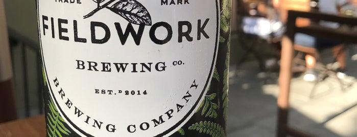 Fieldwork Brewing Sacramento Taproom is one of Lugares favoritos de Dallin.