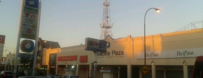 Vivaceta Plaza is one of Lugares favoritos de Rodrigo.