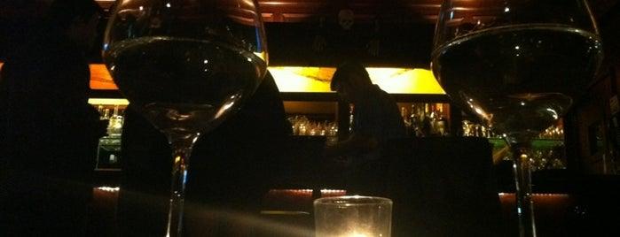 Onieal's Grand Street Bar & Restaurant is one of Manhattan Bars-To-Do List.