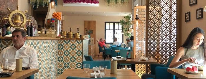 Elissar - Libanesische Küche is one of Posti che sono piaciuti a Helena.