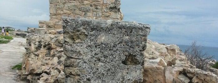 Parque Escultorico y las Ruinas de Ixchel is one of Lugares favoritos de Eduardo.