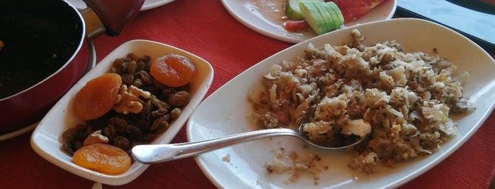 Konaktepe Restaurant Kahvaltı Evi is one of สถานที่ที่ Zeynep ถูกใจ.