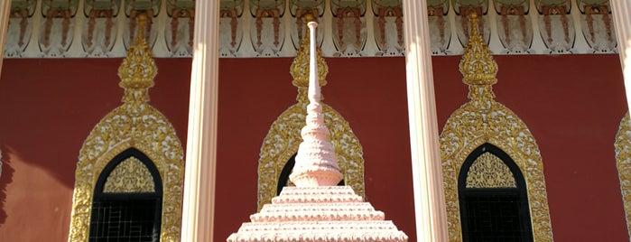 Wat Kaeo Phichit is one of สระบุรี, นครนายก, ปราจีนบุรี, สระแก้ว.