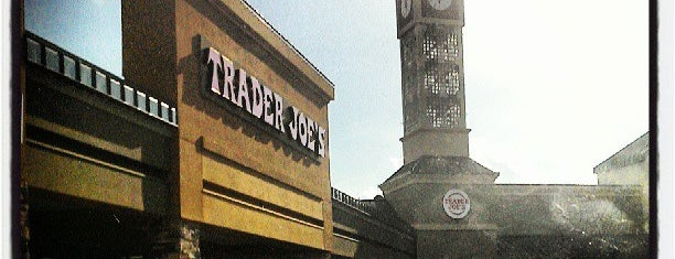 Trader Joe's is one of Mark'ın Beğendiği Mekanlar.