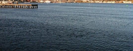 US Coast Guard Station New London is one of Troy 님이 좋아한 장소.